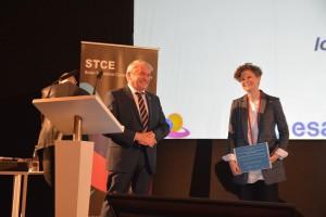 Dr_Tanya_award
